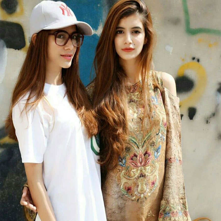 Hira-and-Hemayal-Attique-pakistani-influencer