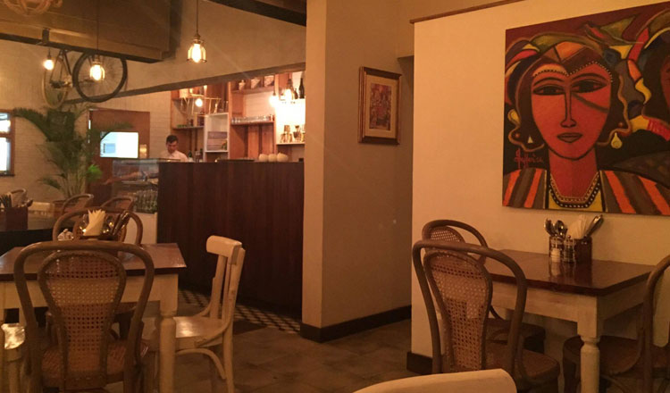 Côte Rôtie Resturant Karachi