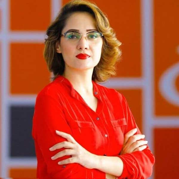 Gharida-Farooqi-news-anchor