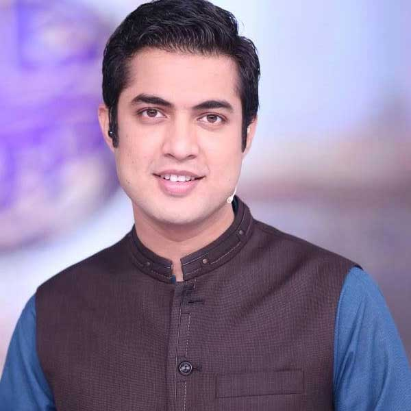 Iqrar-ul-Hassan-News-anchor
